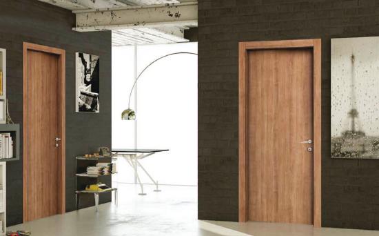 Come scegliere le porte interne: il laminato